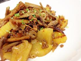 ゴボウとサツマイモの甘辛しぐれ煮