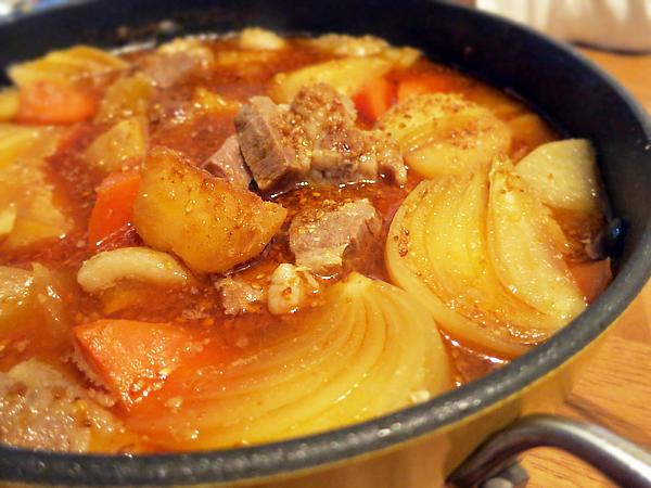 焼きジャガと豚肉の韓国風ごまみそ鍋