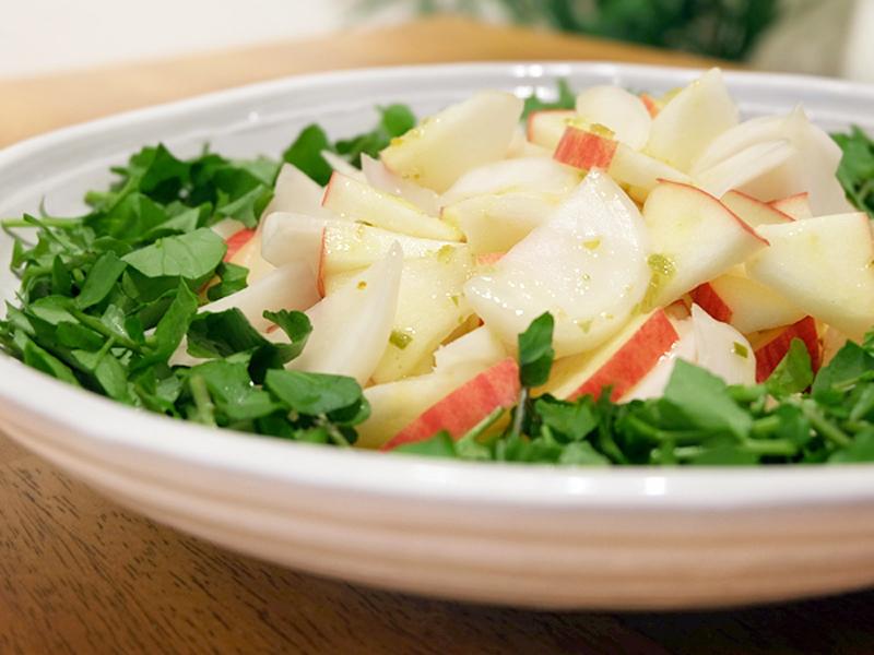 カブとリンゴのサラダ 柚子胡椒ドレッシング