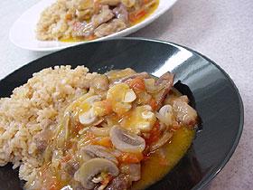 牛肉とキノコのトマト煮 Ternera y setas cocido al tomate